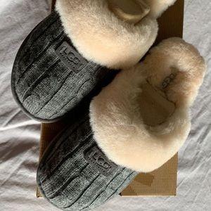 NIB UGG Cozy Knit Slippers
